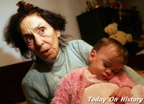 史上年龄最大的孕妇 67岁怀了三胞胎