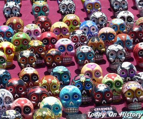 无惧死亡的狂欢 缤纷的墨西哥骷髅文化