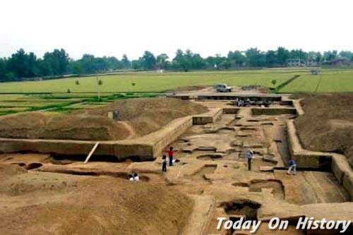 二里头为何是最早中国 许宏:中国的王朝文明由此开端