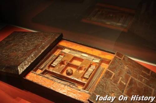 古代有没有桌游可以玩 大汉人民最钟爱六博戏