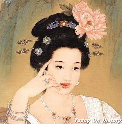 """戒指最早在中国并不是爱情的信物 而是一种""""禁戒""""的标志"""