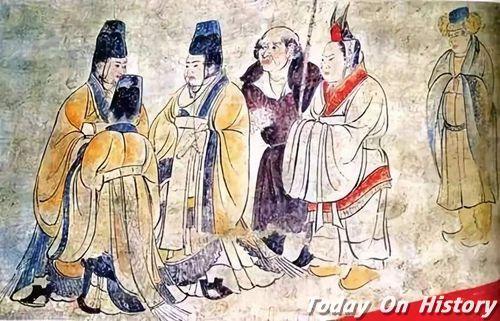 中国的唐装和日本的和服什么关系 两者像不像