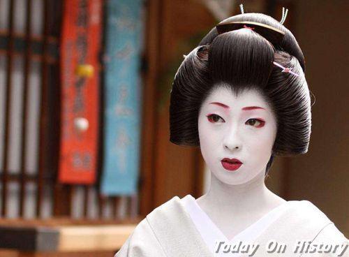 """日本历史上有名的艺伎:拯救""""明治维新""""功臣 能让英国女王吃醋"""