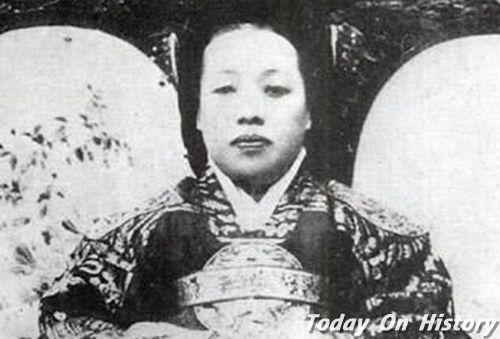 朝鲜纯献皇贵妃 明成皇后严贵妃